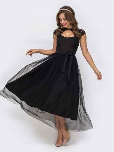 Чёрное платье с фигурным вырезом и гипюровыми вставками чёрное 42837, фото 1