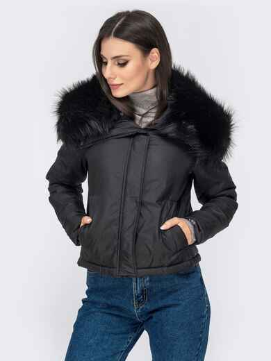 Укороченная куртка с объемным воротником из меха чёрная 41302, фото 1