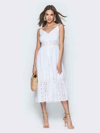 Белое платье из прошвы на бретелях с воланом по низу 38689, фото 2