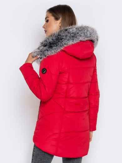 Зимняя куртка с удлиненной спинкой и капюшоном красная 40632, фото 5