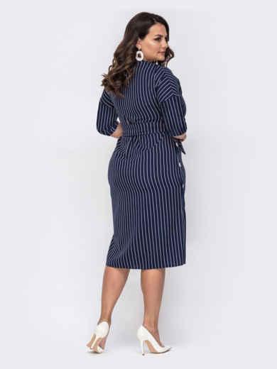 Приталенное платье батал тёмно-синего цвета в полоску 50884, фото 3