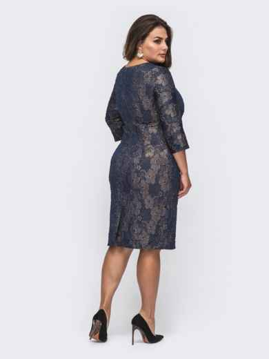 Фактурное платье батал приталенного кроя тёмно-синее 50987, фото 2