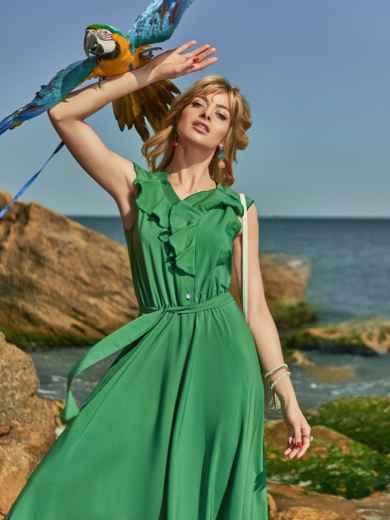 Зелёное платье с оборкой на лифе и резинкой в поясе 48487, фото 1