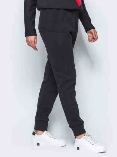 Спортивные штаны черного цвета на флисе 17371, фото 2