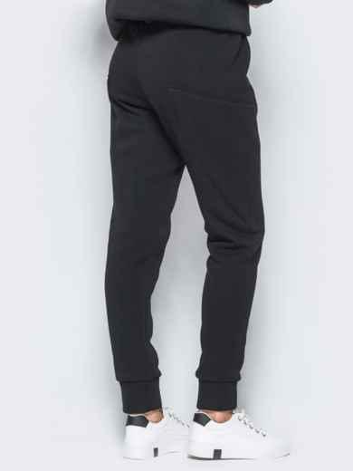 Спортивные штаны черного цвета на флисе 17371, фото 3