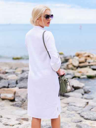Белое льняное платье-рубашка прямого кроя с пуговицами 11314, фото 3