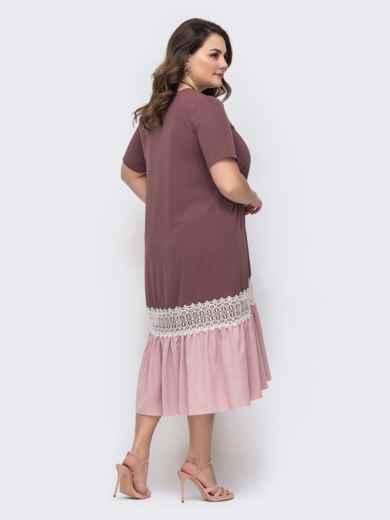 Пудровое платье батал с контрастным воланом по низу 46441, фото 3