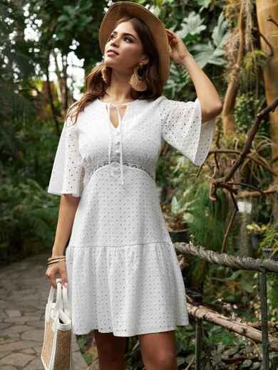 Белое платье из прошвы с воланом по низу 53454, фото 1