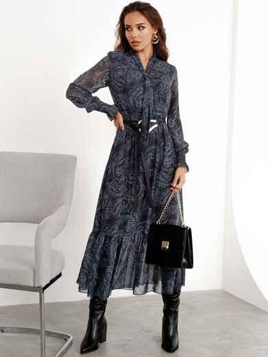 Расклешенное платье с принтом и воланом по низу графитовое - 52469, фото 1 – интернет-магазин Dressa