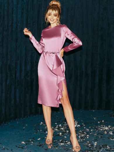 Приталенное платье из атласа с оборкой на юбке розовое 51958, фото 2