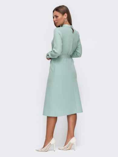 Мятное платье приталенного кроя с воротником-стойкой 50772, фото 3