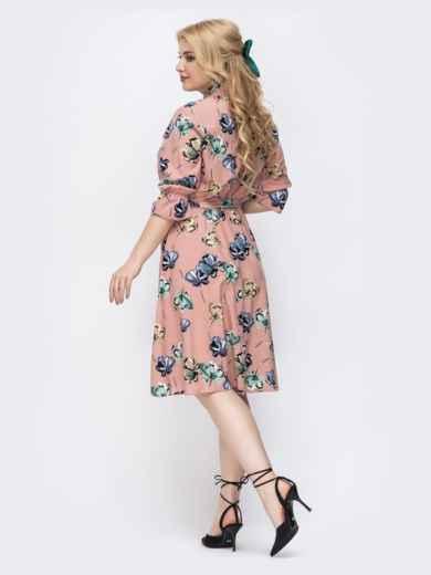 Розовое платье батал с принтом и воротником-аскот 46273, фото 2