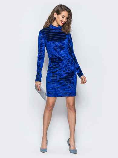Велюровое платье синего цвета с воротником-хомут 18045, фото 1