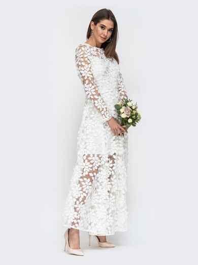 Платье из гипюра молочного цвета с расклешенной юбкой 44755, фото 1