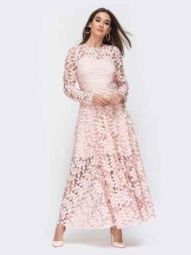 Платье из гипюра пудрового цвета с расклешенной юбкой 44756, фото 1