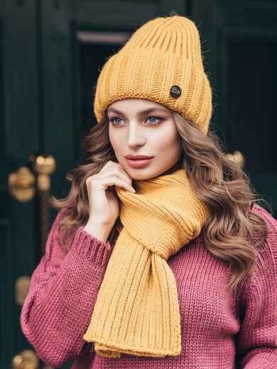 Вязанный комплект из шапки с шарфом горчичный 40436, фото 1