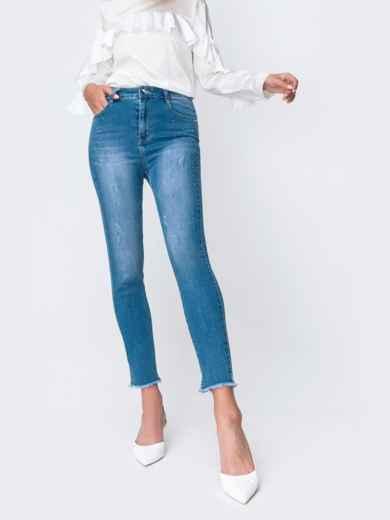 Голубые джинсы с рваным низом и мерцающими стразами 49419, фото 2