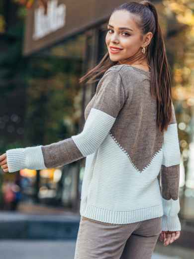 Коричневый вязаный свитер с перфорацией 50422, фото 2