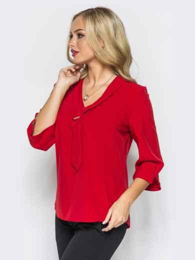 Легкая красная блузка с пришитым украшением на полочке 16865, фото 2