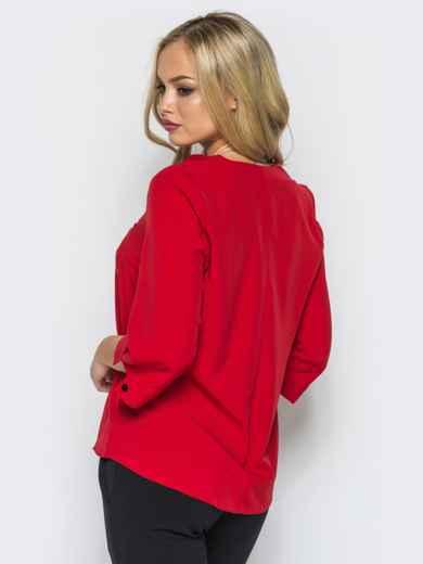 Легкая красная блузка с пришитым украшением на полочке 16865, фото 3
