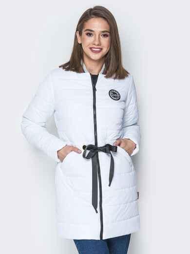 Удлиненная куртка-бомбер с кулиской на талии белая 20247, фото 1