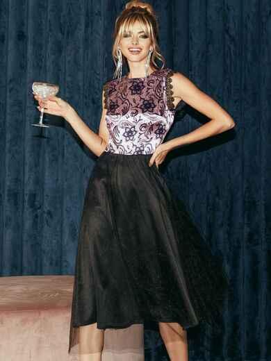 Атласное платье с расклешенной юбкой черное 51789, фото 1