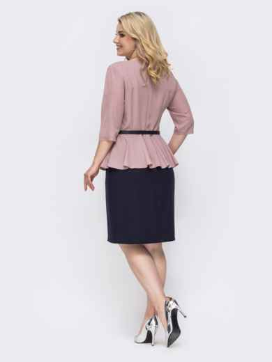 Комбинированное платье батал с баской пудровое 49874, фото 2