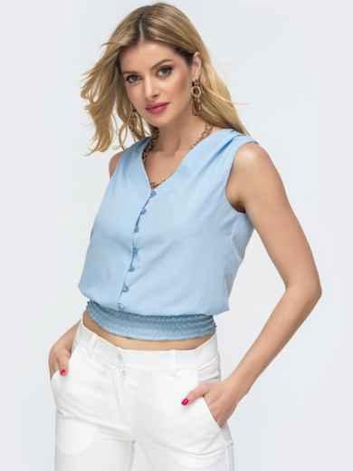 Голубая блузка с вафельной оборкой по низу 46893, фото 1
