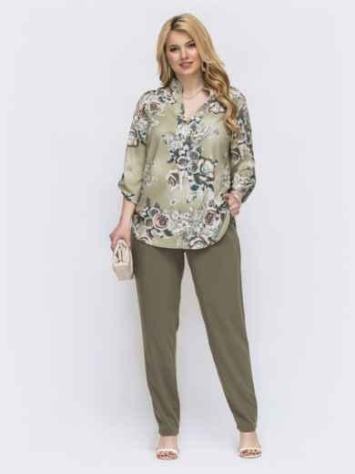 Брючный комплект батал с принтованной блузкой зеленый - 47736, фото 1 – интернет-магазин Dressa