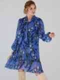 Платье-трапеция батал с принтом и воротником-аскот голубое 53360, фото 4