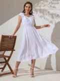 Платье белого цвета с расклешенной юбкой 49147, фото 3