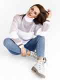 Пудровый свитер с объёмным рукавом и высоким воротником 52884, фото 4