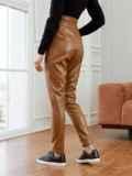 Зауженные брюки из экокожи с высокой посадкой коричневые 53523, фото 2