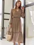 Бежевое платье из шифона с V-образным вырезом 54506, фото 2