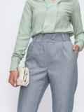 Зауженные брюки серого цвета с карманами    49485, фото 2