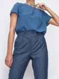 Зауженные брюки синего цвета с карманами 49486, фото 2