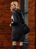 Спортивное платье из двунитки с капюшоном черное 52626, фото 5