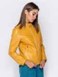 Желтая куртка прямого кроя из эко-кожи 40995, фото 4
