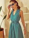Приталенное платье из льна с фигурным вырезом зеленое 53873, фото 3