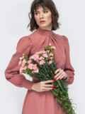 Розовое платье с воротником стойкой и разрезом спереди 45087, фото 5