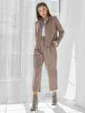 Костюм из замши с жакетом и укороченными брюками коричневый 50354, фото 4