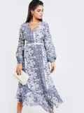 Шифоновое платье с принтом и асимметричным подолом белое 52965, фото 2