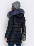 Зимняя куртка чёрного цвета с капюшоном 40633, фото 3