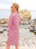 Розовое льняное платье-рубашка прямого кроя с пуговицами 49689, фото 3
