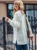 Молочный вязаный свитер с разрезами по бокам 50410, фото 2
