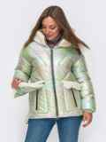 Свободная куртка с капюшоном и съемными карманами зеленая 50226, фото 2