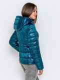 Демисезонная куртка синего цвета с капюшоном 40722, фото 3