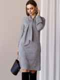 Платье из замши с воротником-аскот серое 52879, фото 4
