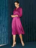 Атласное платье на запах розового цвета 52126, фото 4