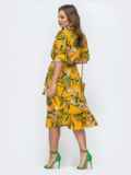 Платье с тропическим принтом и воротником-аскот желтое 45605, фото 2